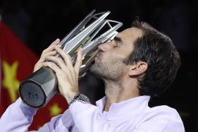 Roger Federer Destroys Rafael Nadal 6-4, 6-3 to Clinch Shanghai Masters