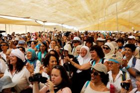 Women March Through Desert for Israeli-Palestinian Peace