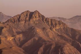 World's Longest Zip Line to Open in UAE Desert