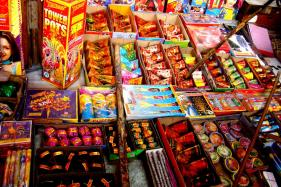 Traders Move Supreme Court, Seek Relaxation of Firecracker Ban