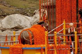 PM Modi Offers Prayers at Kedarnath, Will Inaugurate Several Projects