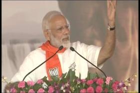 Modi in Gujarat LIVE: PM Attacks Gandhis, Says Development Will Trounce Dynasty
