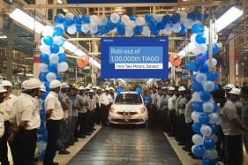 Tata Motors Rolls Out 1,00,000th Tata Tiago From Sanand Facility