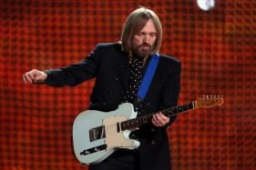 Tom Petty Passes Away, Breaks Our Hearts