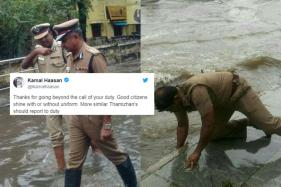 Photos Of Chennai Cops Going Beyond Their Duty Are Winning Hearts