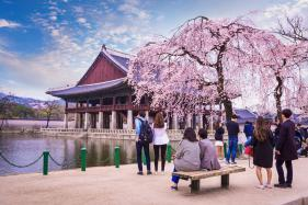 China Permits Limited Tours to South Korea as Relations Warm