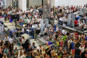 Thanksiving Holiday Expected to Draw 28.5 Million Air Travellers in US This Year