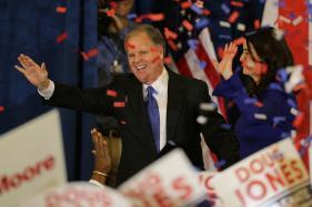 Twitter Erupts in Joy as Democrat Doug Jones Beats Roy Moore in Alabama
