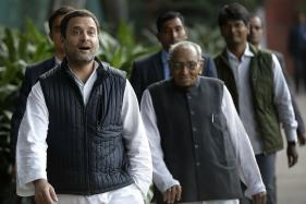 On Political Tightrope, Rahul Gandhi Leaves Breadcrumb Trail for Congress