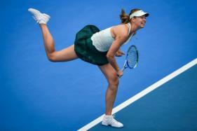 Maria Sharapova Storms in Semi-final of Shenzhen Open