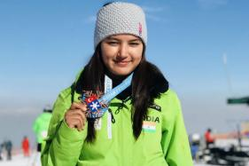 Manali Girl Aanchal Thakur Brings Home India's First Skiing Medal; Father Asks for Govt Support