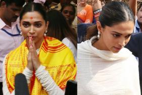 Deepika Padukone Visits Siddhivinayak Temple in Mumbai