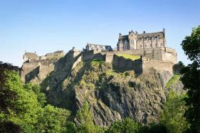 Edinburgh Raises Alarm on Potential For Over-crowding And Unsustainable Tourism