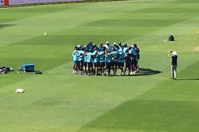 Live Cricket Score, India vs South Africa 2018, Second Test, Day 4 at SuperSport Park, Centurion: Kohli & Co Warming Up