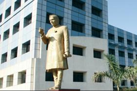 JNTUH B-Tech Exam Timetable 2018, Online Application Schedule Available at jntuh.ac.in