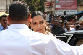 Ahead Of Padmaavat Release, Deepika Padukone Visits Siddhivinayak Temple