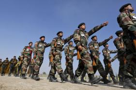 President Ram Nath Kovind, PM Modi Greet Troops on Army Day
