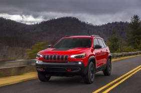 2019 Jeep Cherokee Unveiled, Gets a New Engine