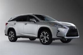 Toyota to Integrate Amazon Alexa Into its Vehicles