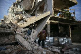 Syria's Ghouta Residents 'Wait to Die' as More Bombs Fall