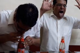 Mumbai Man Empties Ketchup Bottle in 25 Seconds, Sets World Record