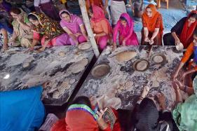 Gurdwaras Feel the GST Pinch in Serving Free Langars