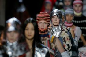 New York Fashion Week Does Barefaced Beauty With A Twist