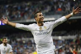 Ronaldo Ends Manchester United Rumours; Says He's Staying in Madrid