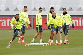 Real Madrid, Barcelona Set to Resume Race to La Liga Glory