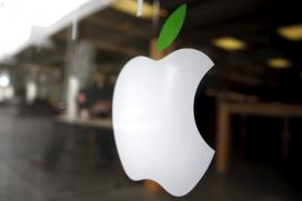 Apple Considered Buying Time Warner: Report