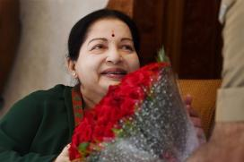 Jayalalithaa Slammed by SC For Rampant Use Of Defamation Law