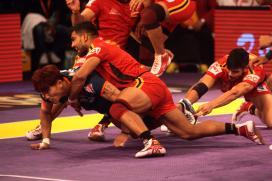 Pro Kabaddi League Live Scores, Bengaluru Bulls vs UP Yoddha