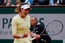 French Open: Muguruza Breezes into Second Round