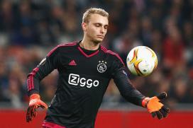 Barcelona Complete Signing of Jasper Cillessen