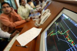 Sensex, Nifty Reverse Gains as Rupee Sinks by 26 Paise