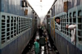 If You Read CAG Report On Railway Catering, You'll Never Eat Food In Trains