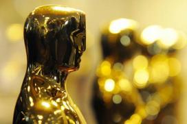 Oscars Look To La La Land, Host Kimmel For Ratings Boost