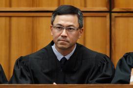 Judge in Hawaii Extends Order Blocking Trump's Travel Ban