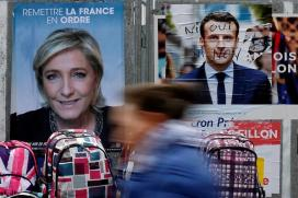 Francois Hollande Urges French to Reject Le Pen in Presidential Runoff Vote