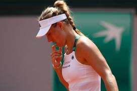 French Open: Kerber Stunned by Makarova; Kvitova Makes Winning Return