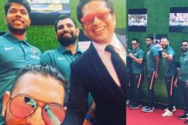 Yuvraj Can't Stop Smiling At the Premiere of Sachin: A Billion Dreams