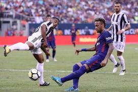 Neymar Dazzles as Barcelona Down Juventus 2-1