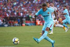 Neymar Scores as Barcelona Beat Manchester United 1-0