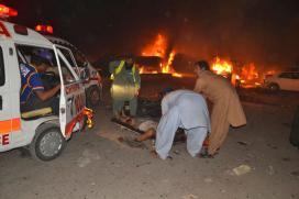 Roadside Bomb Blast Kills Eight Soldiers in Southwest Pakistan