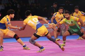 Pro Kabaddi 2017: Patna Pirates Edge Tamil Thalaivas 41-39