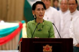 Suu Kyi Says Myanmar Ready to Verify Rohingya Refugee Status