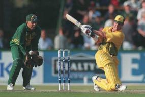 Di Venuto, Jones change sides for T20 qualifiers