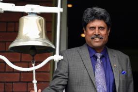 Only Selectors Should Decide About MS Dhoni's Future, Says Kapil Dev
