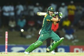 Faf Du Plessis Injured During South Africa Run Feast