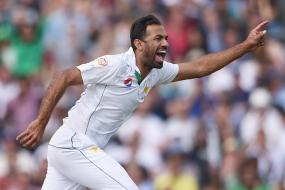 Wahab Riaz Leads Pakistan Fightback as Lanka Lead Crosses 250